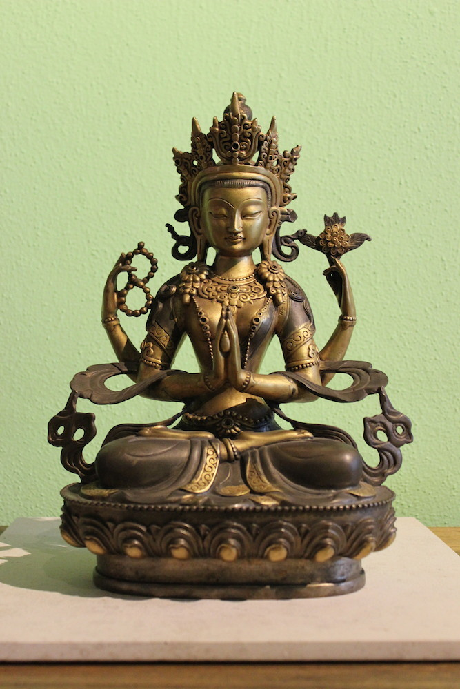vergoldete chenrezig buddha statue figur tibet hochwertige bronze unikat ebay. Black Bedroom Furniture Sets. Home Design Ideas