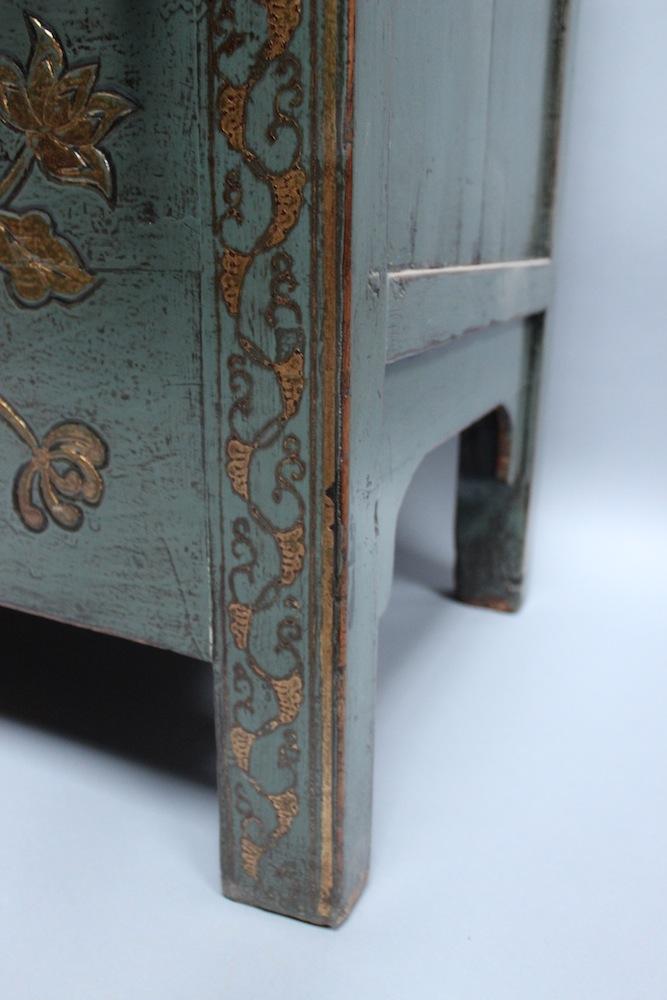 hochzeitsschrank schuhschrank schuh schmetterling schrank. Black Bedroom Furniture Sets. Home Design Ideas